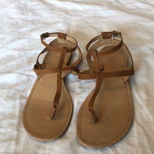 Loft sandals size 8